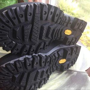 Merrell Shoes - MERRELL MENS BLACK/GREY BOOTS SIZE 11